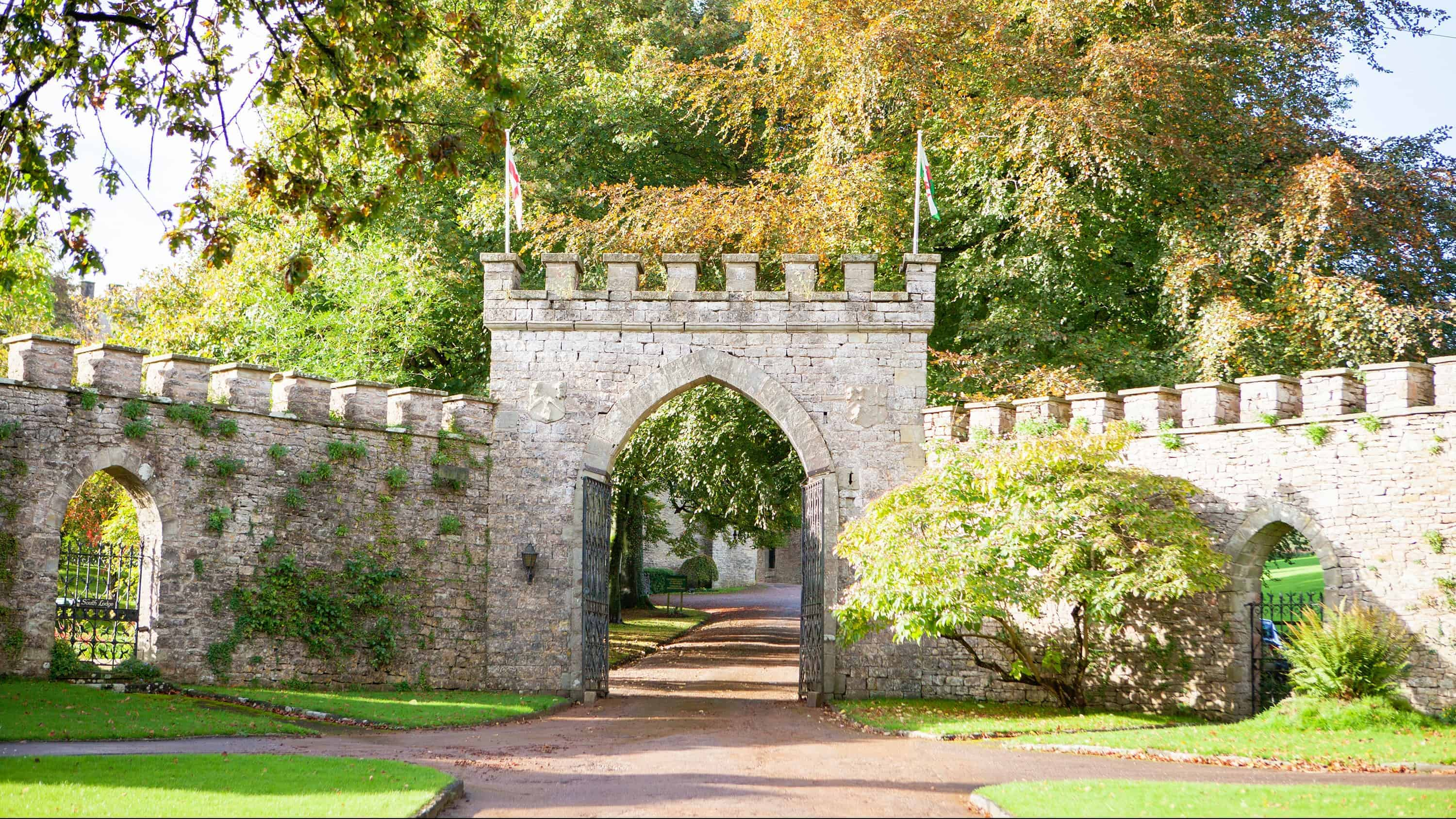 Clearwell Castle - Entrance